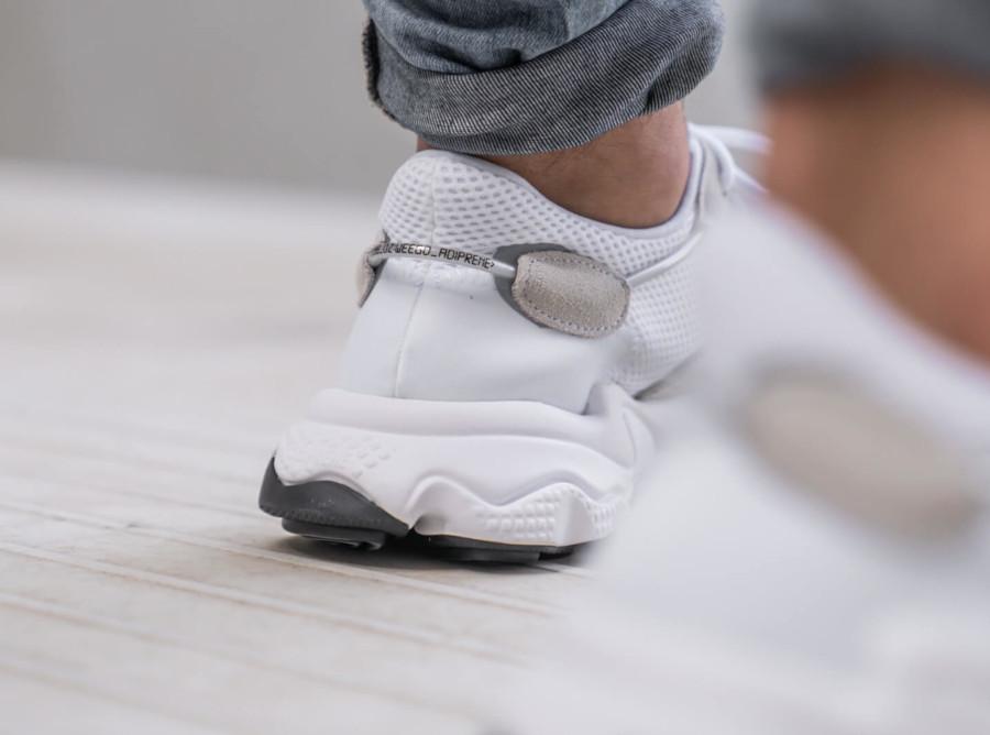 Adidas Ozweego 2019 blanche et grise (1-1)