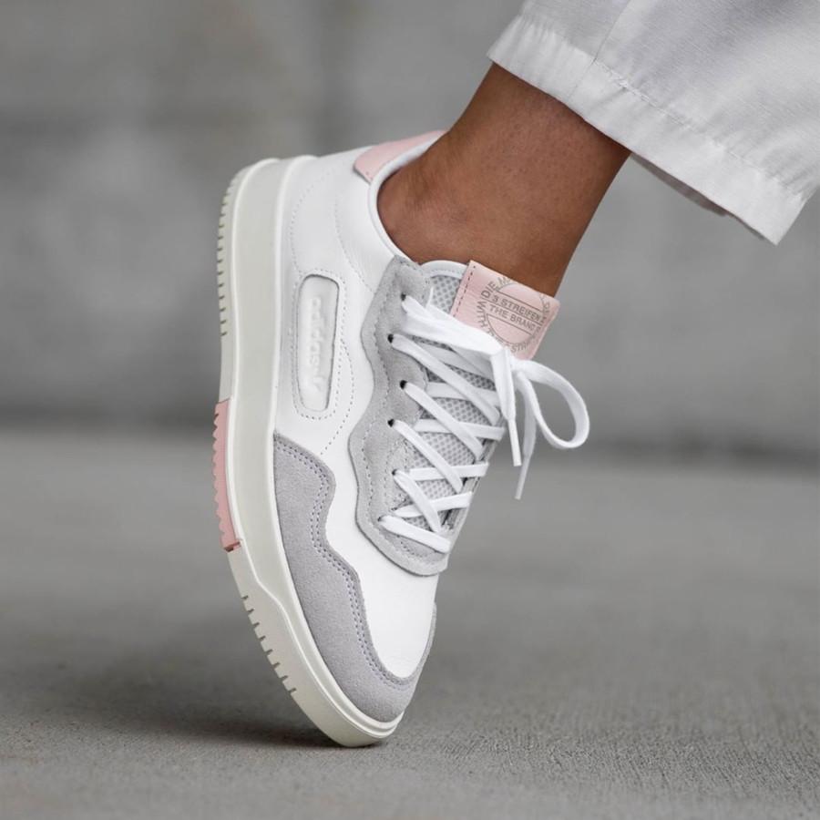Adidas Super Court Premiere blanche grise et rose (1)