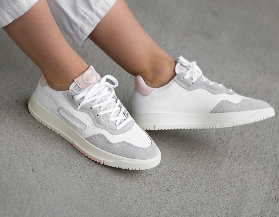 Adidas Super Court Premiere blanche grise et rose (2)