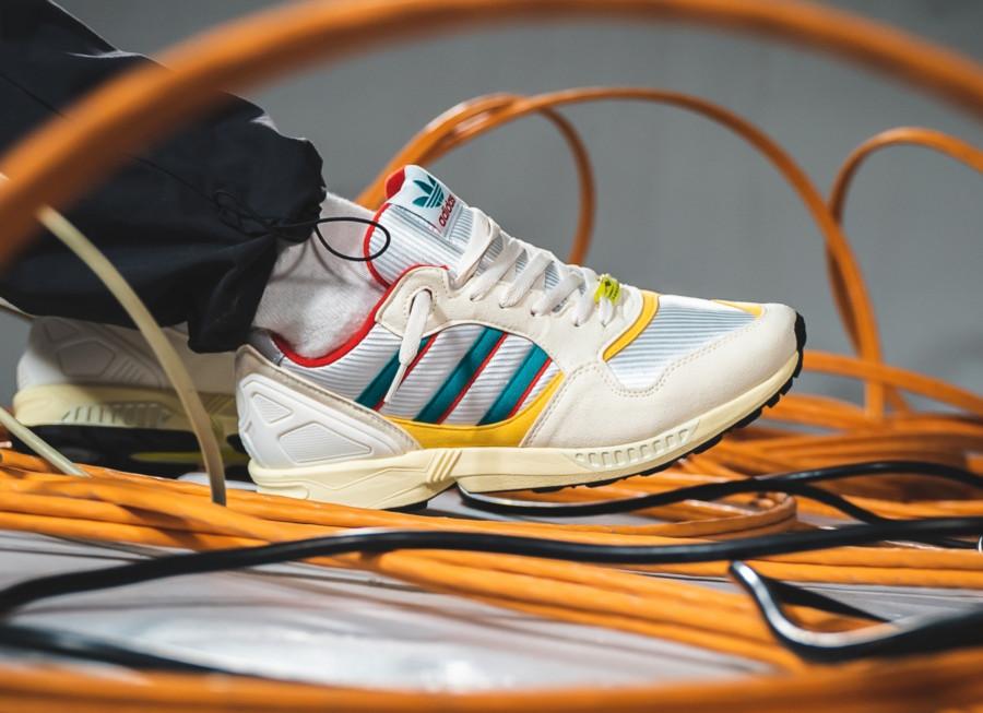 Adidas-ZX-6000-beige-vert-et-rouge-4