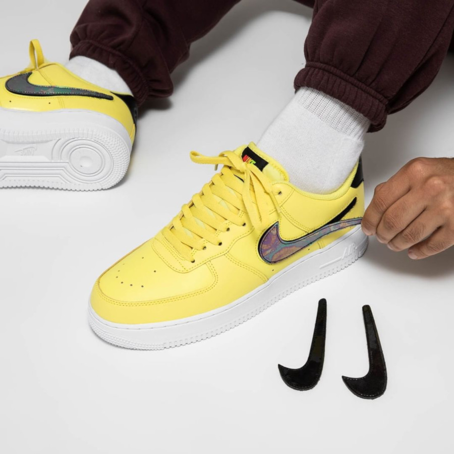 Nike Air Force 1 jaune avec un Swoosh interchangeable (5)