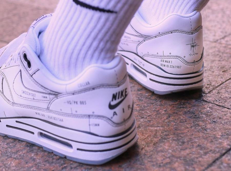 Nike Air Max 1 blanche et noire style croquis (1)