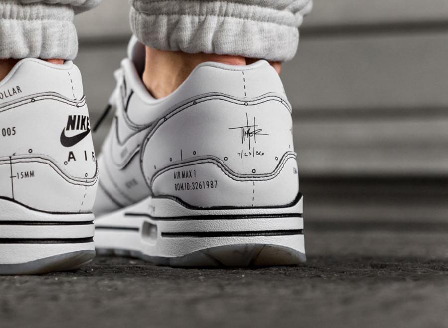Nike Air Max 1 blanche et noire style croquis (3-3)