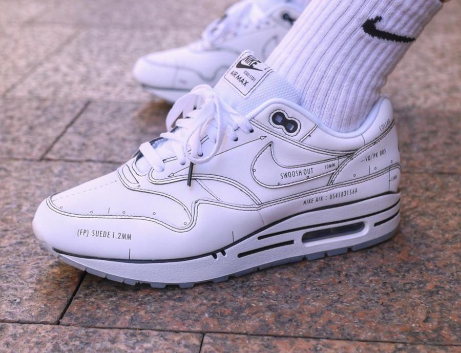 Nike Air Max 1 blanche et noire style croquis (3)