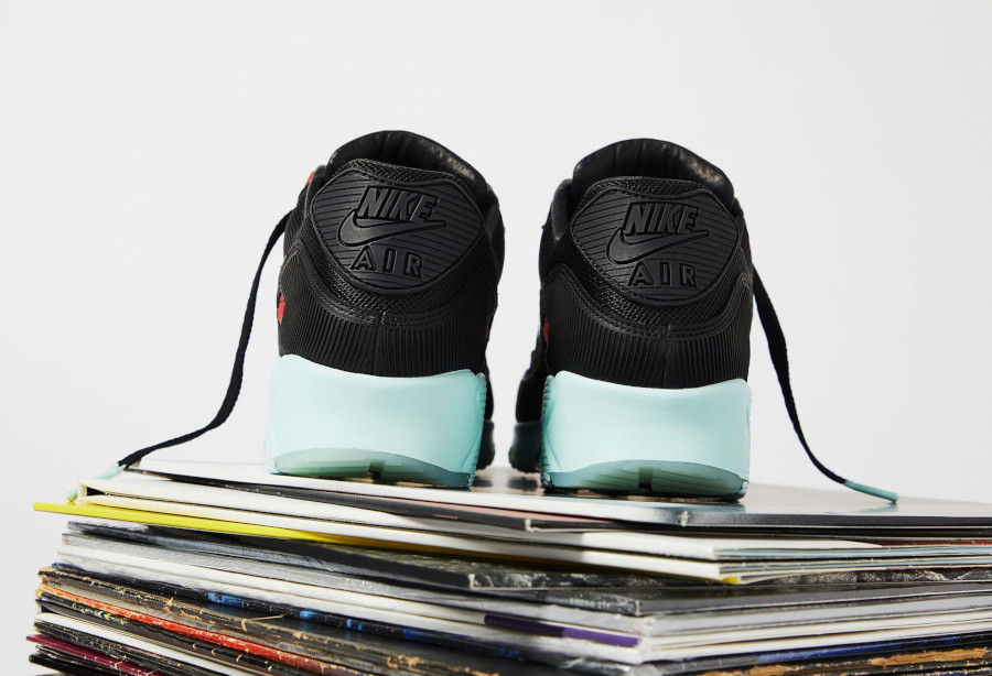 Nike Air Max 90 Premium disque noire rouge bleu pastel (2-2)