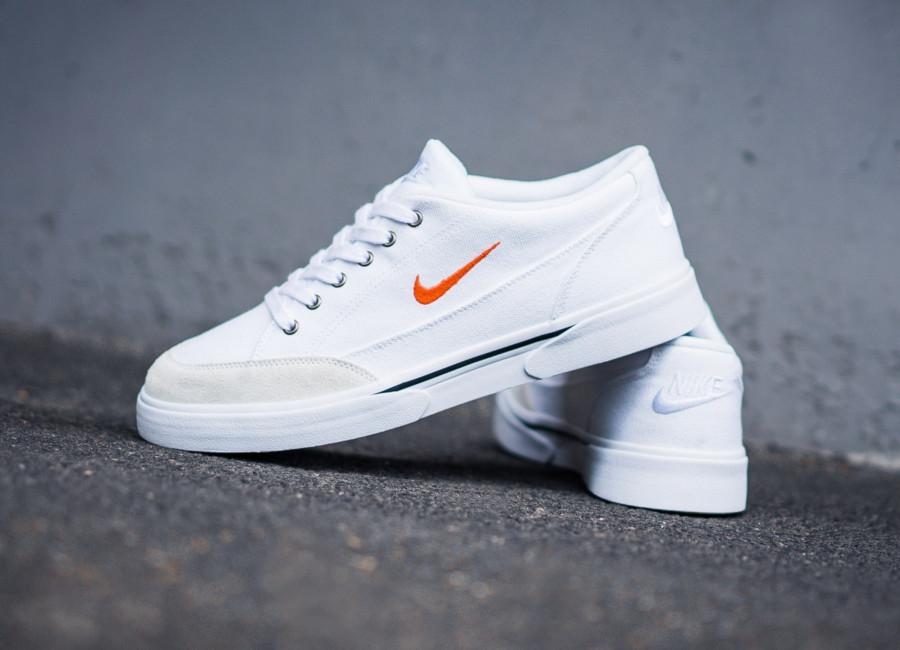 Nike GTS en toile blanche et suède crème (3)