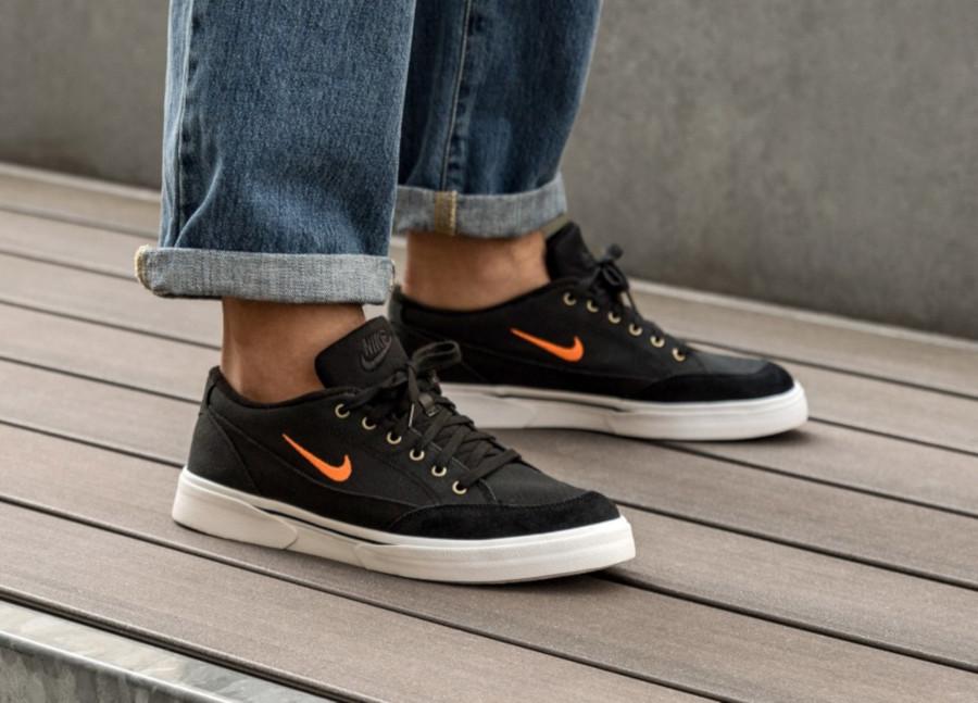 Nike-GTS-en-toile-noire-CJ9694-001-4