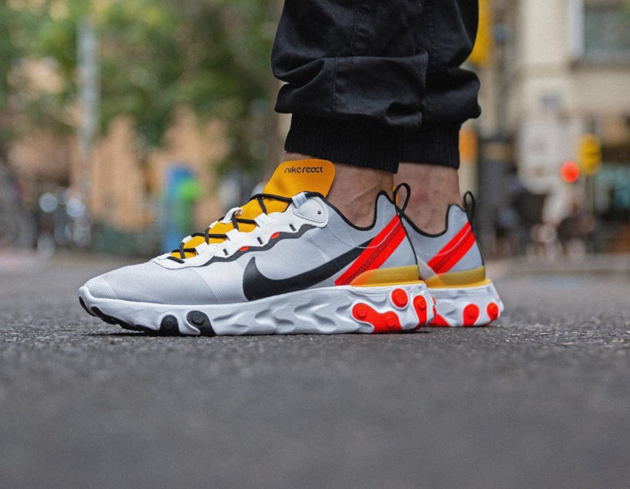 Nike React Element 55 blanche noire jaune et orange (2)