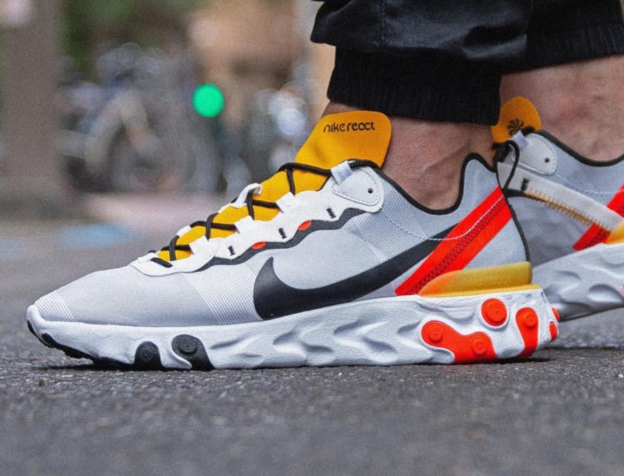 Nike React Element 55 blanche noire jaune et orange (4)