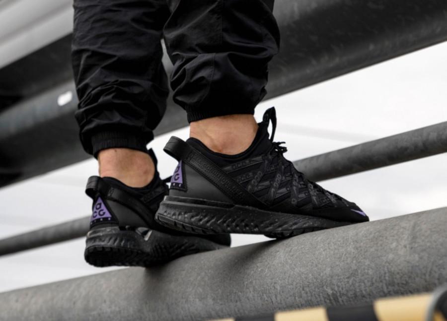 Nike-React-Terra-Gobe-noire-grise-et-violet-1-1
