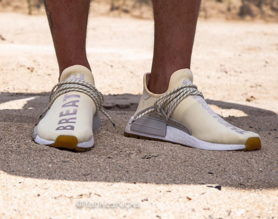 Adidas NMD HUman Race Cream White Gum EG7737 (1)