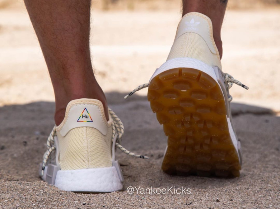 Adidas NMD HUman Race Cream White Gum EG7737 (4)