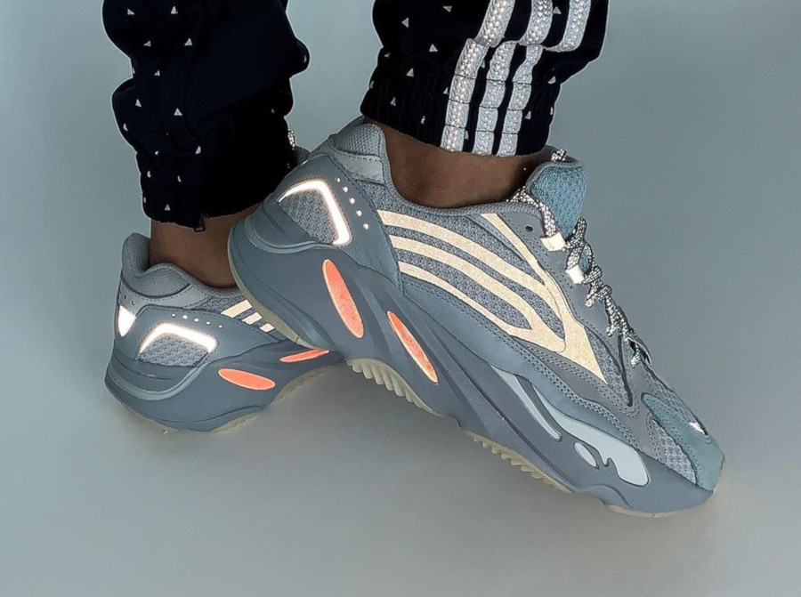 Adidas Yeezy boost 700 version 2 grise et orange (2)