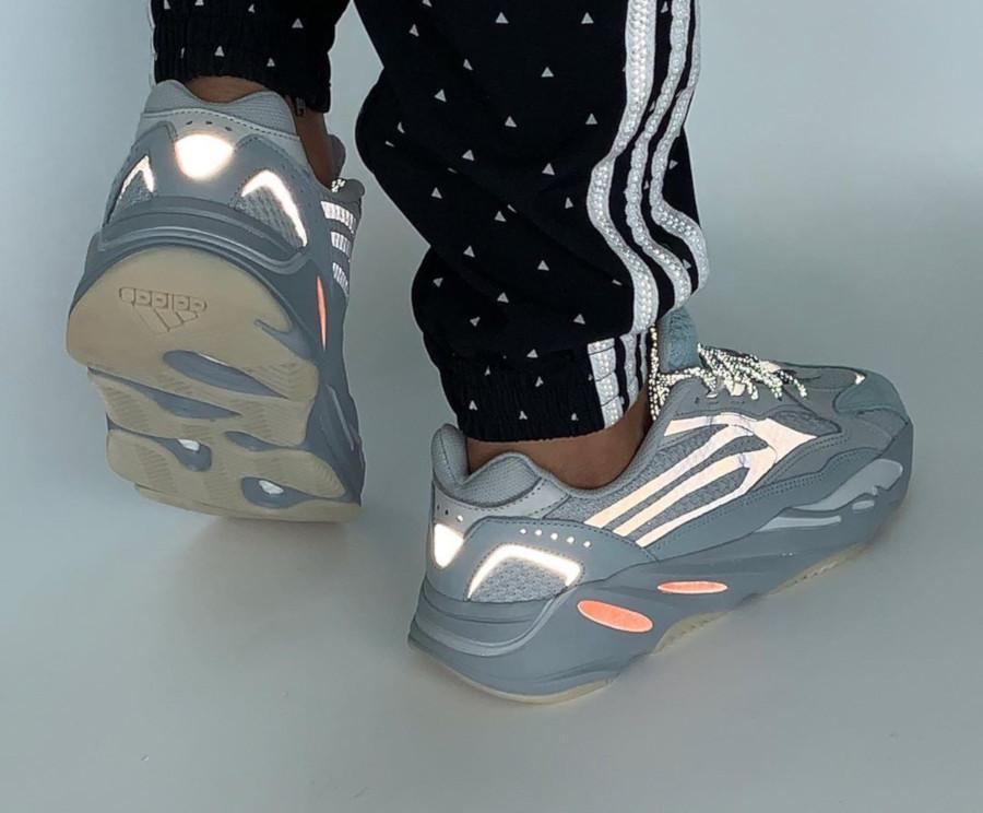 Adidas Yeezy boost 700 version 2 grise et orange (3)