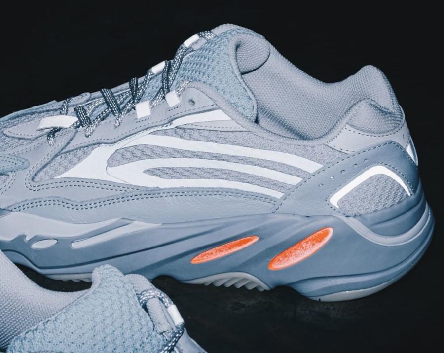 Adidas Yeezy boost 700 version 2 grise et orange 3m réfléchissante (1)