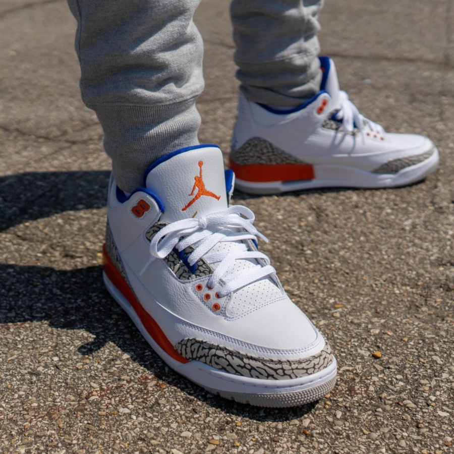 Air Jordan 3 blanche bleue et orange (5)