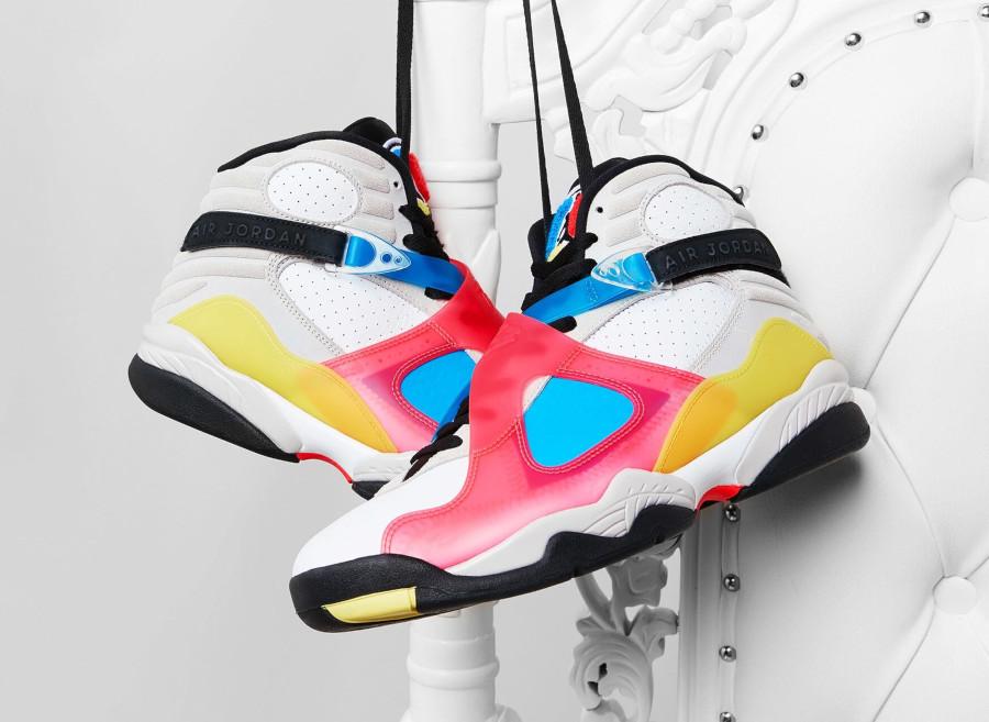 Air Jordan 8 Special Edition blanche bleue jaune et rouge (3)