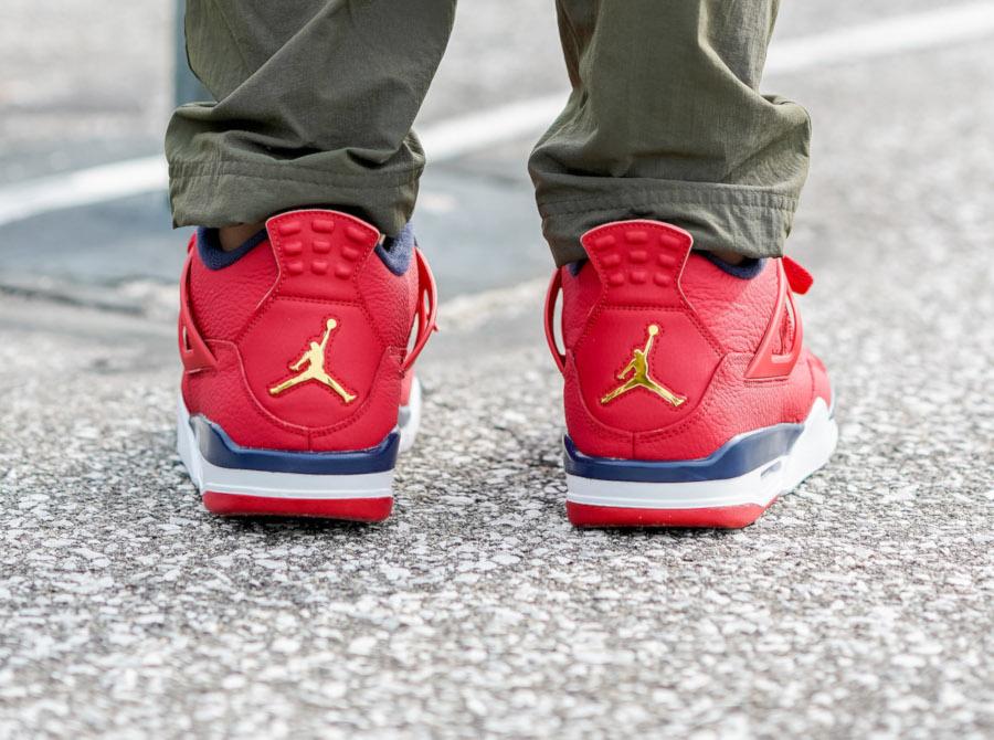 Air Jordan IV rouge bleu marine et or métallique (4-1)