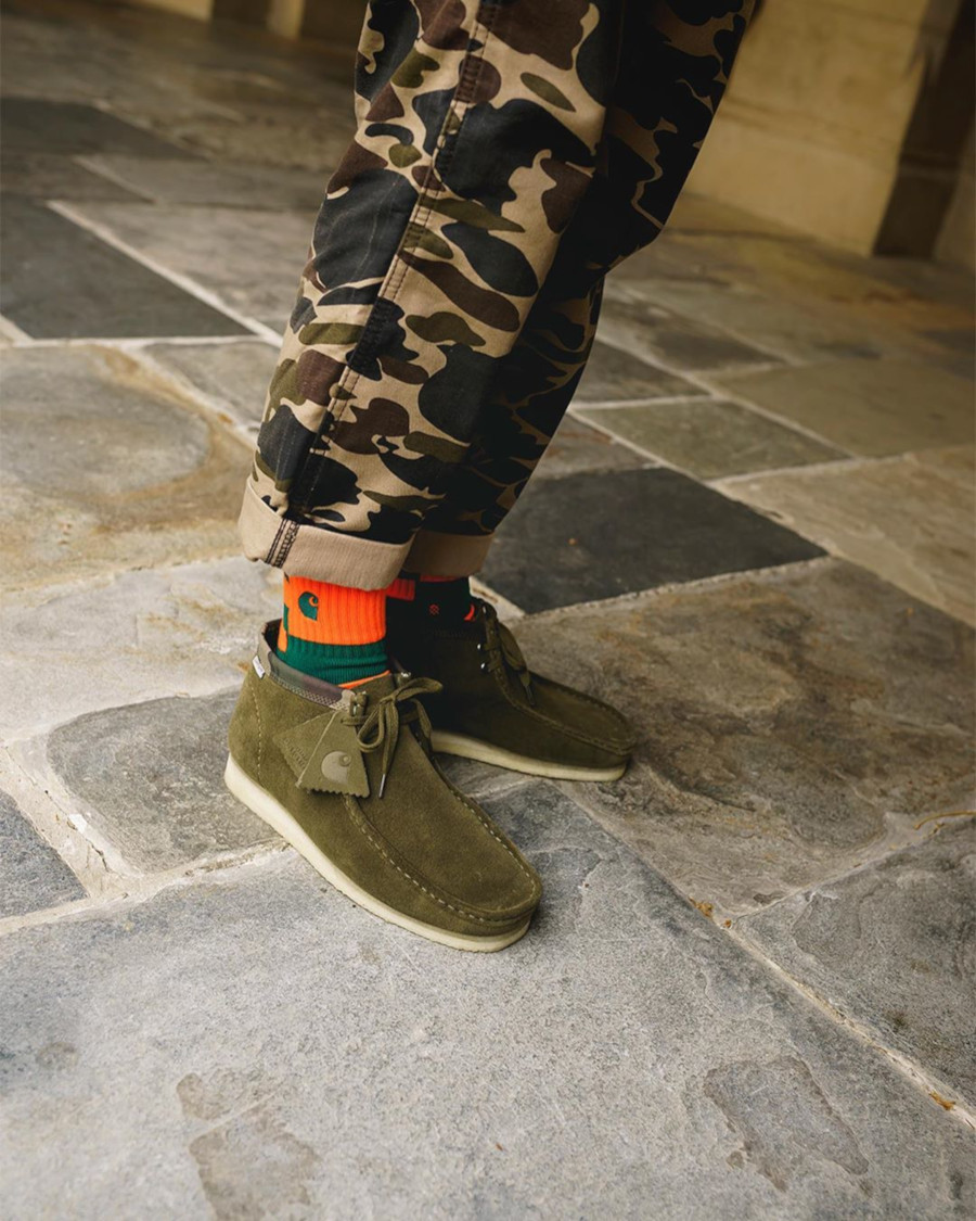Clarks Wallabee en suède vert et imprimé camouflage (26146169)