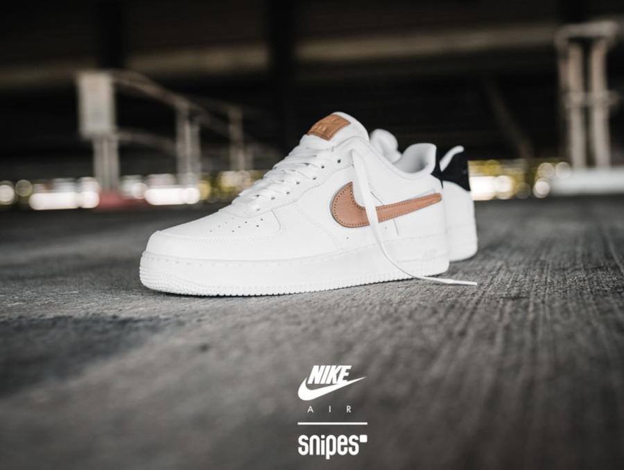 Nike AF1 blanche et beige CT2253-100