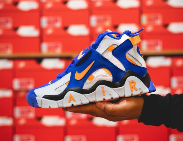 Nike Air Barrage Mid Golden State Warriors AT7847-100