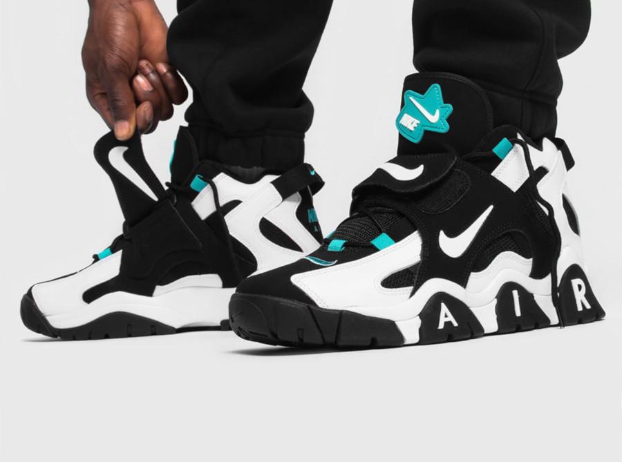 Nike Air Barrage Mid blanche noire et vert turquoise (5)