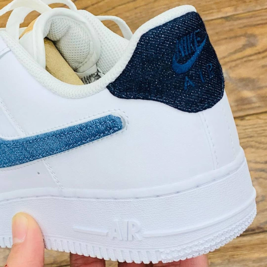 Nike Air Force 1 '07 LV8 blanche avec 3 swooshes interchangeables (3)