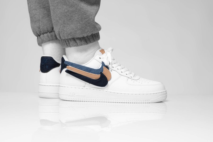 Nike Air Force 1 '07 LV8 blanche avec 3 swooshes interchangeables (8)