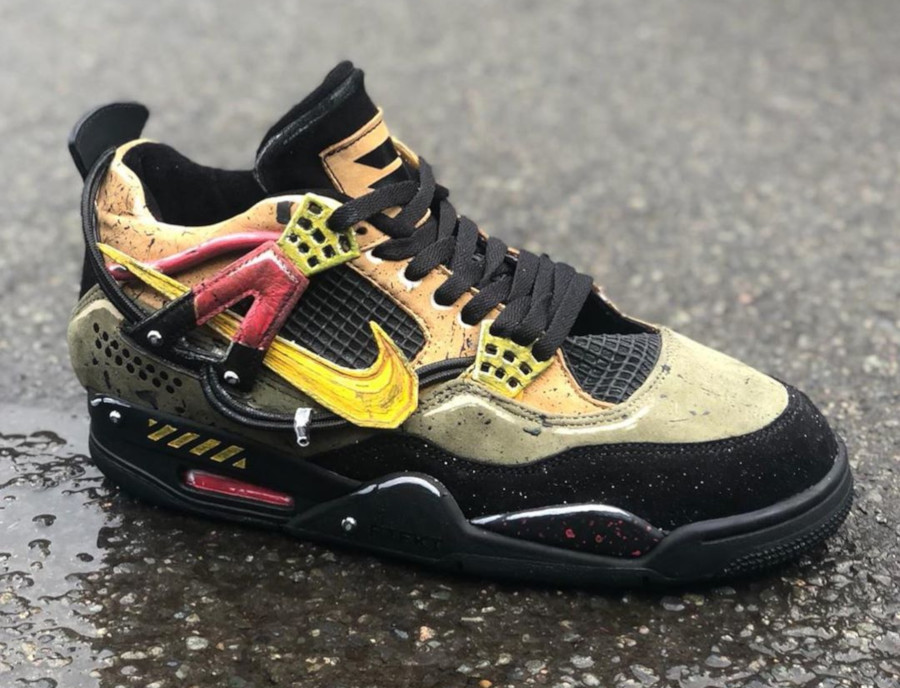 Nike Air Jordan 4 Bloodhounds (4)