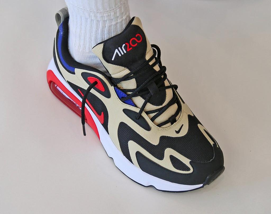 Nike Air Max 200 beige noire et rouge (6)