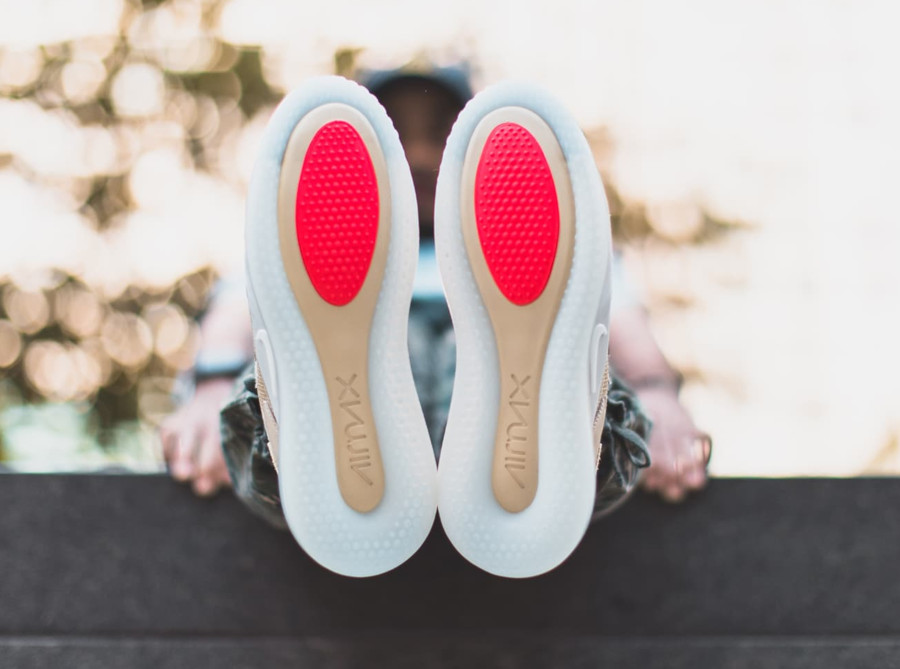 Nike-Air-Max-720-Odell-Beckham-Jr.-crème-et-grise-8