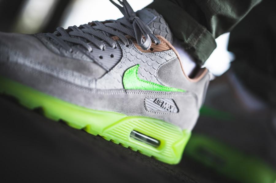 Nike-Air-Max-90-Premium-grise-beige-et-vert-fluo-3