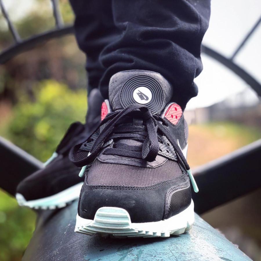 Nike Air Max 90 QS Vinyl - @khalid_kali93
