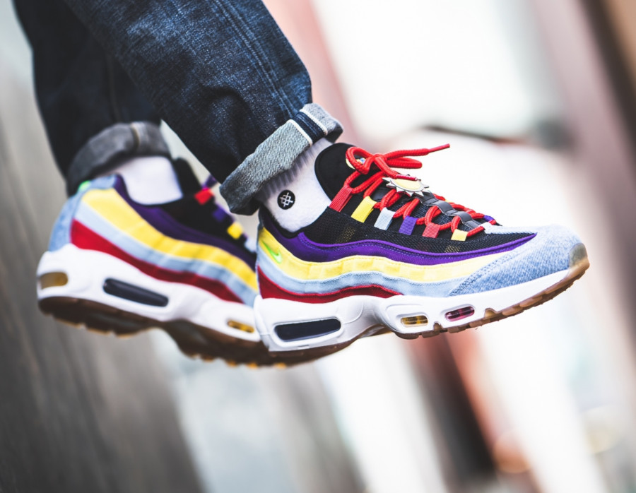 Nike-Air-Max-95-Special-Project-bleu-violet-jaune-et-orange-2