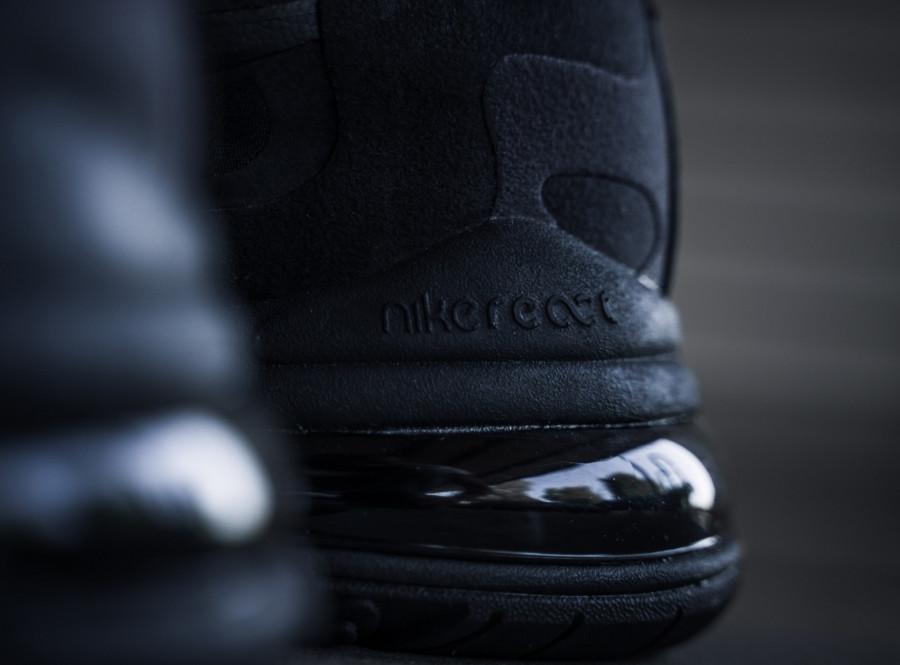 Nike-Air-Max-React-270-grise-et-noire-pour-homme-2
