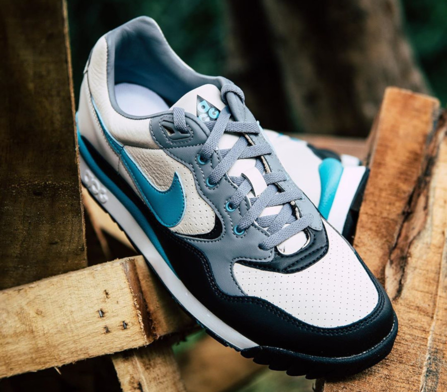 Nike Air Wildwood ACG beige turquoise et noire (4)