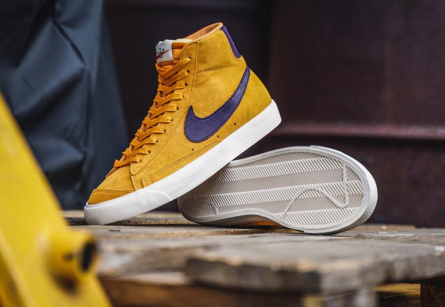 Nike-Blazer-mi-montante-en-suède-jaune-et-violet-3