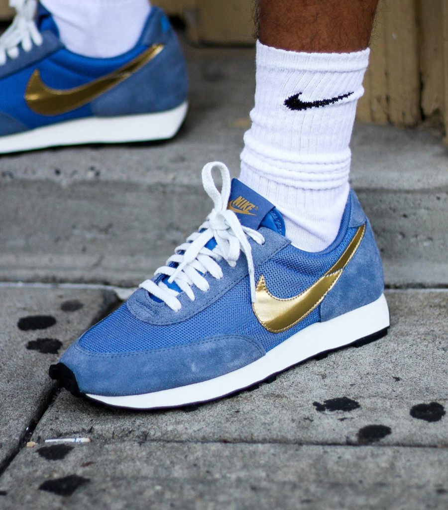Nike Daybreak SP bleu et or métallique BV7725 400