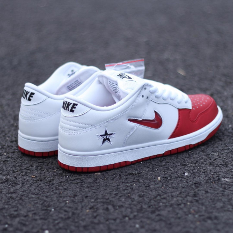Nike Dunk Low SB blanche et rouge CK3480-600 (4)