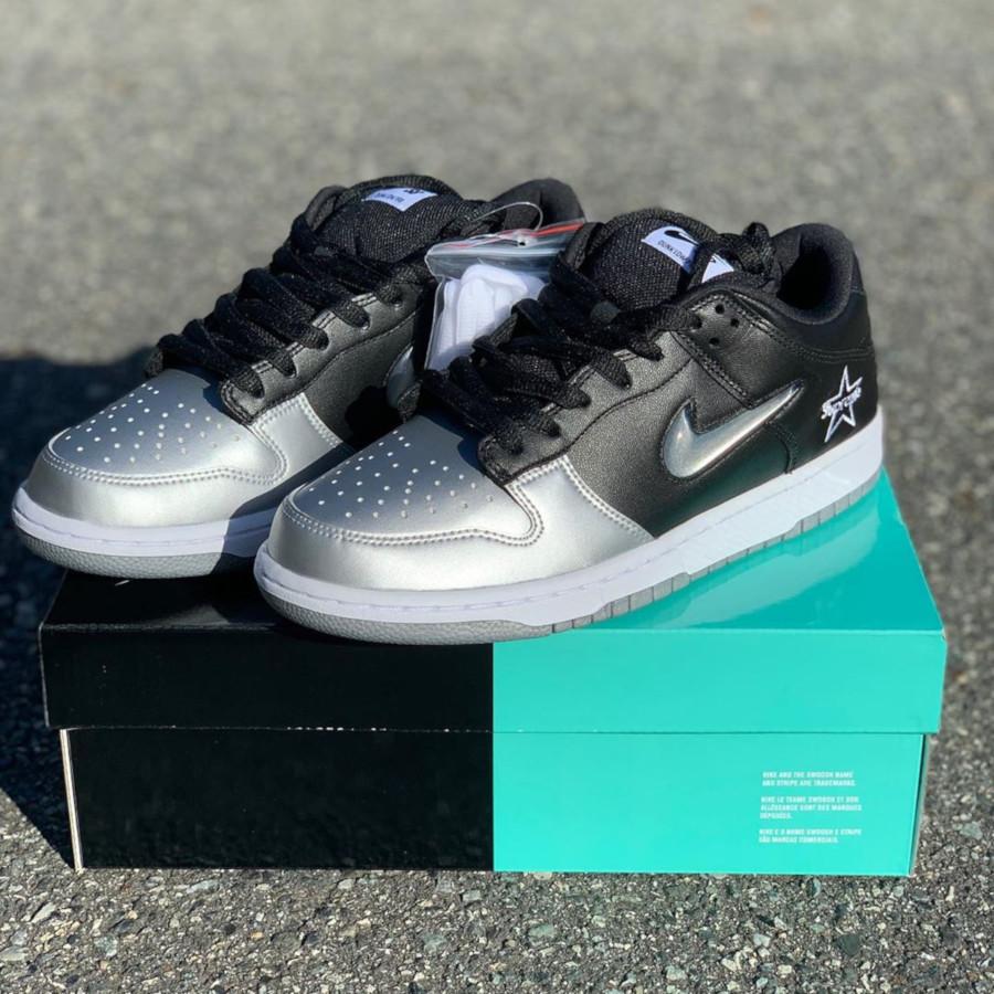 Nike Dunk Low SB noire et gris métallique CK3480-001 (4)