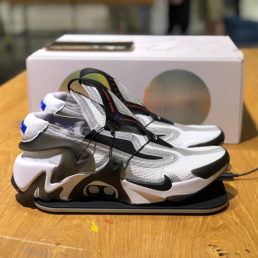 Nike Huarache Adapt grise blanche et noire BV6397-110 (2)
