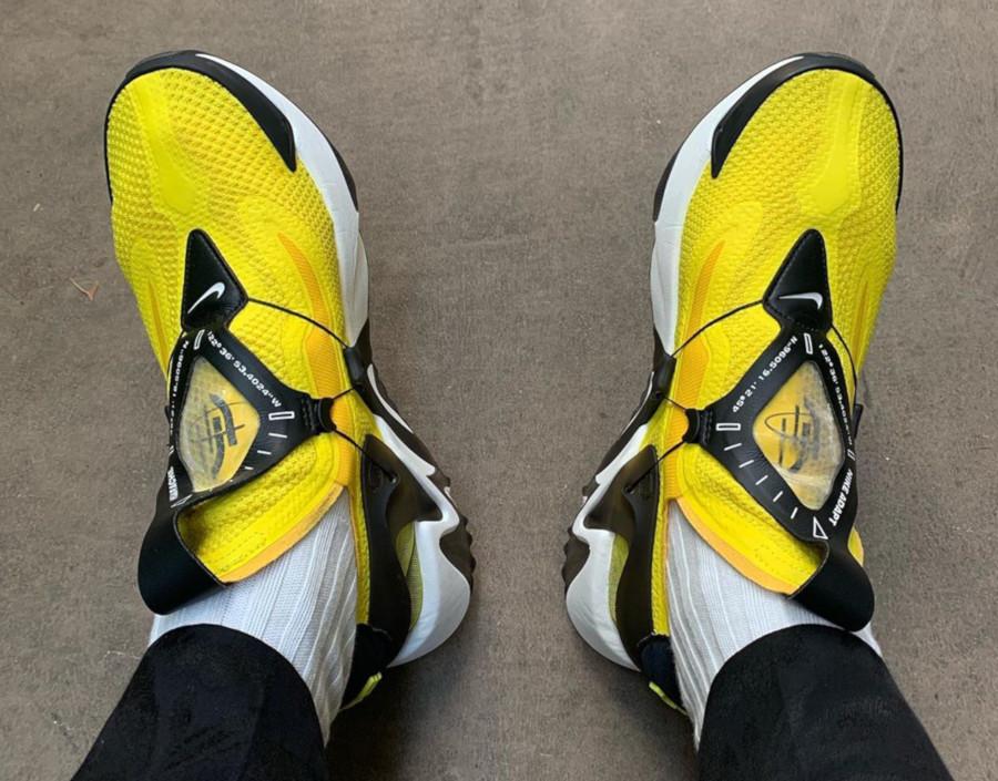 Nike Huarache Adapt jaune blanche et noire BV6397-710 (2)