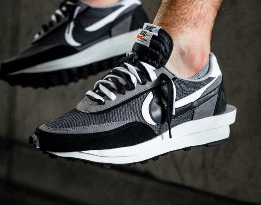 Nike LD Waffle noire grise et blanche (6)