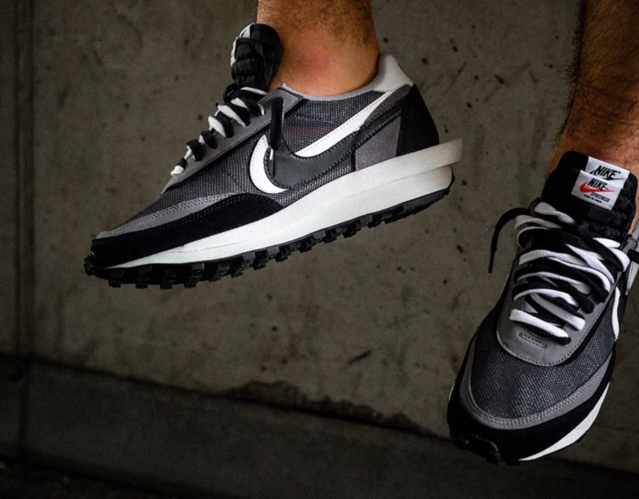 Nike LD Waffle noire grise et blanche (7)