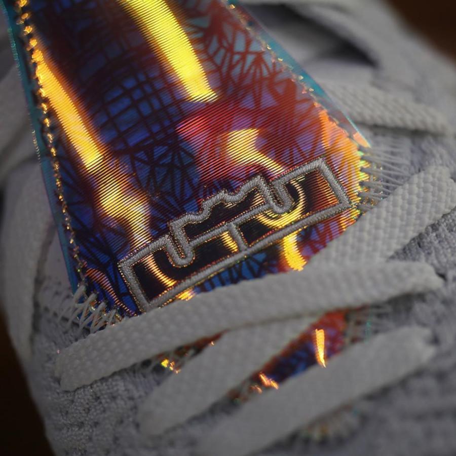Nike Lebron 17 blanche orange iridescent (7)