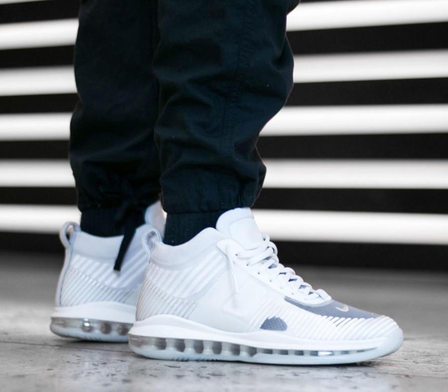 Nike Lebron X JE toute blanche on feet (2)
