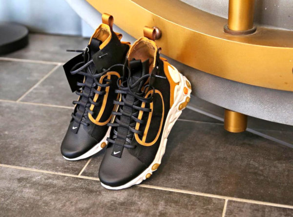 Nike React Ianga THE10TH Black Wheat AV5555-001