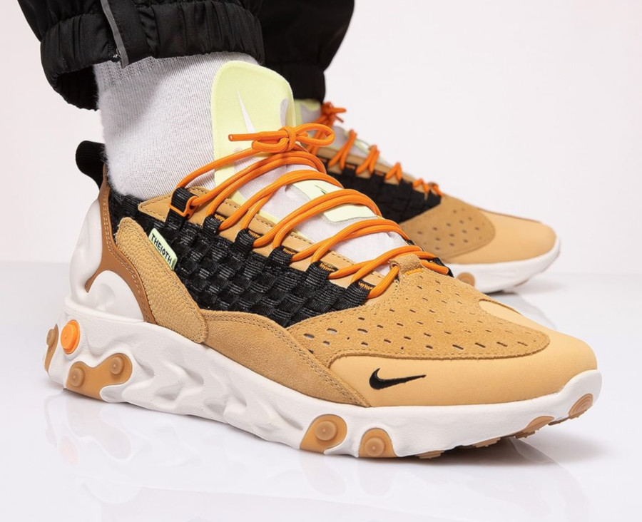 Nike React Sertu 'THE10TH' Gold Wheat AT5301-700 (1)