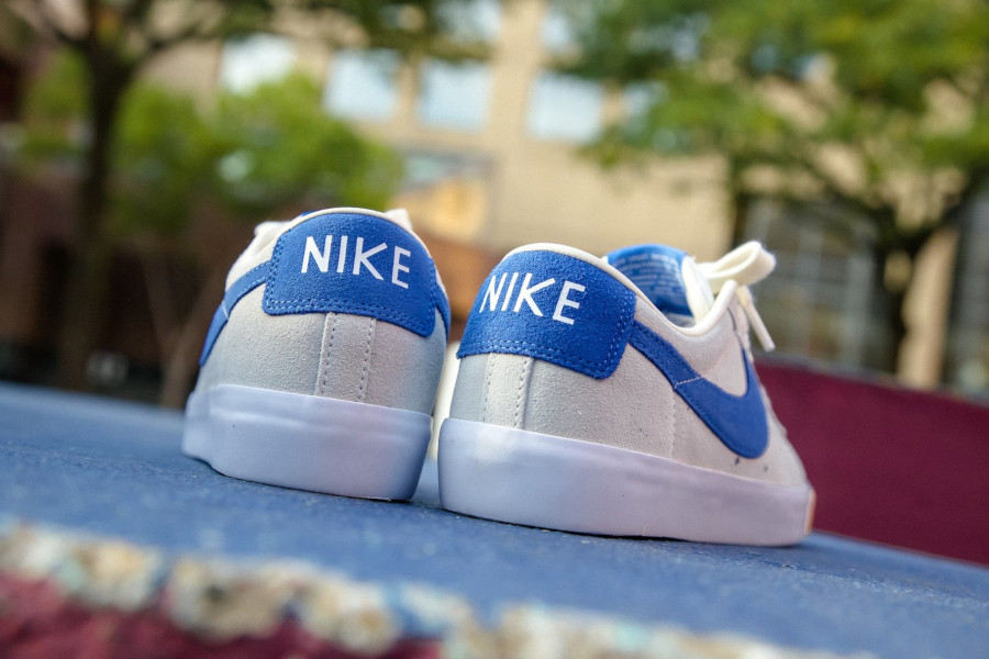 Nike SB Blazer basse beige blanche et bleue (1)