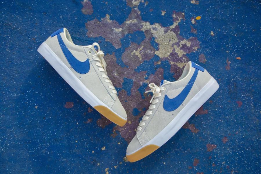 Nike SB Blazer basse beige blanche et bleue (3)